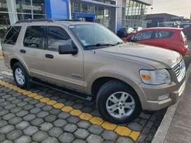 VENDO FORD EXPLORER 4X4 XLT FULL