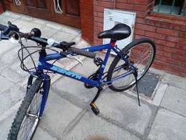 Bicicleta marca zenith  astra rodado 26c 21cambios hermoso andar como nuevo