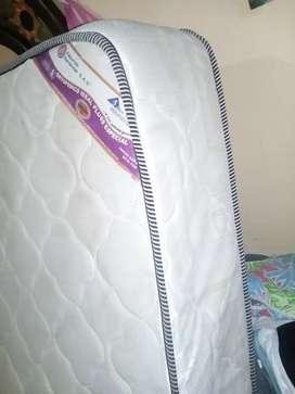 Vendo colchon ortopèdico para cama doble color beige