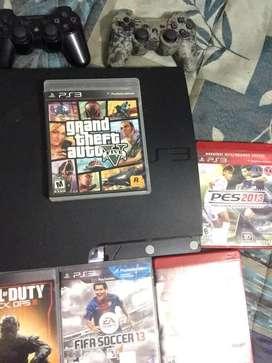 Vendo PSP3 con 6 juegos y 2 controles.