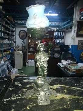 Escultura lámpara de mesa