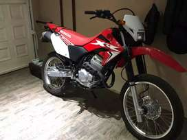 IMPECABLE Honda Tornado XR 250