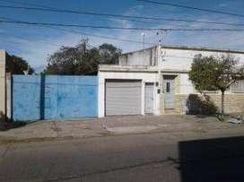 Lotes céntricos con 2 viviendas - San Martín al 400