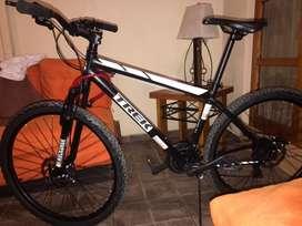 Bicicleta trek shimano Tourney