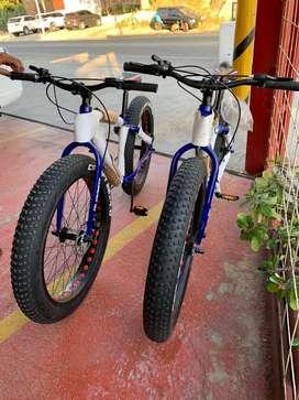 Bicicleta MTB Fatbike RUGGED