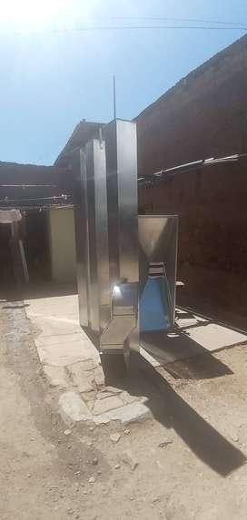 Ocasion : se vende campana extractora de cocina , chimenea y ducto de 9 metros,  nuevo sin uso.