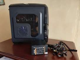 Case gamer Altek y fuente de poder 500w (usados)