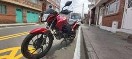 moto honda en excelente estado