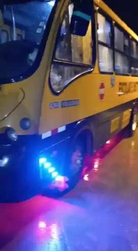 Vendo expreso Volkswagen 32 pasajeros microbus
