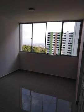Se arrienda acogeor apartamento en conjunto residencial Alminar Samoa con parqueadero privado cubierto y depósito amplio