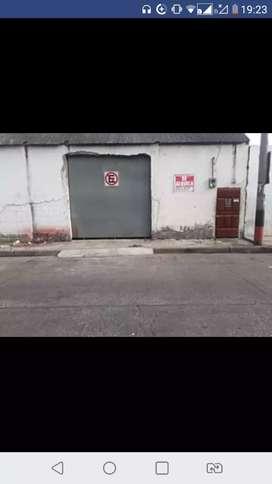 Alquilo bodega 520 mt2 en el barrio cuba a una cuadra de la univercidad saleciana