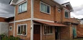 Vendo casa amplia con terreno en la parte de a lado exelente espacio