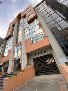 Excelente oficina junto al Chicó vista exterior