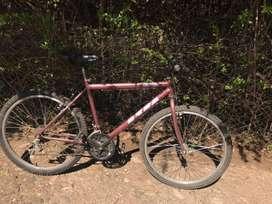 Bicicleta Oxea usada - rodado 26