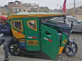 Moto taxi raudo
