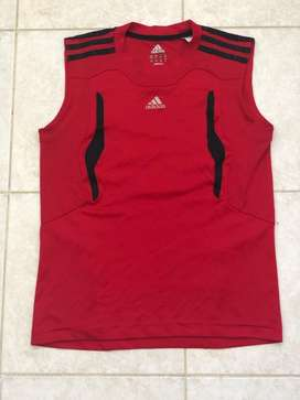 Remera Adidas Talle 12 Impecable