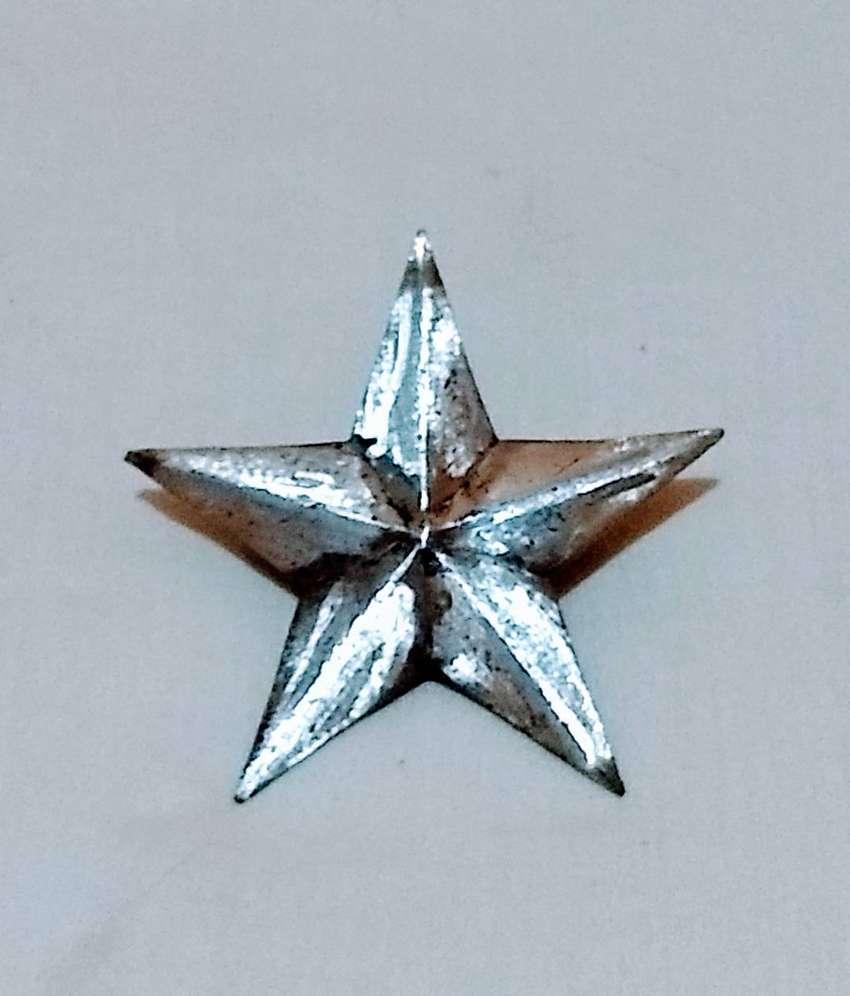 Antigua Insignia Dodge - Chrysler estrella