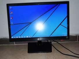 Vendo 5 pantallas de computador LED Y LCD