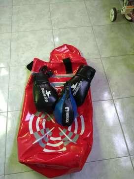 Se vende kit de boxeo