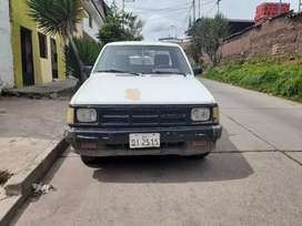Se vende camioneta 4x2 mazda cabina simple, tolva larga