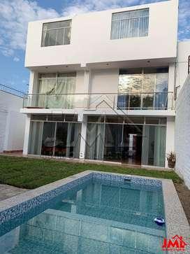 Casa en Urb El Golf - Linda Residencia