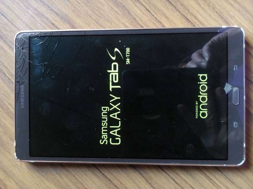 Tablet samsung SM T700