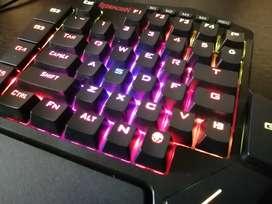 Teclado Mecánico RGB