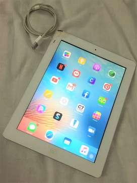 iPad 3ra generación 32GB + cable cargador