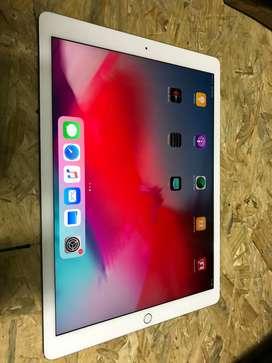 """iPad Pro 2017 21,9"""" de 128Gb con lapiz"""