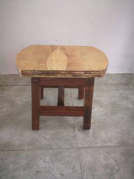 Sillas realizadas en madera