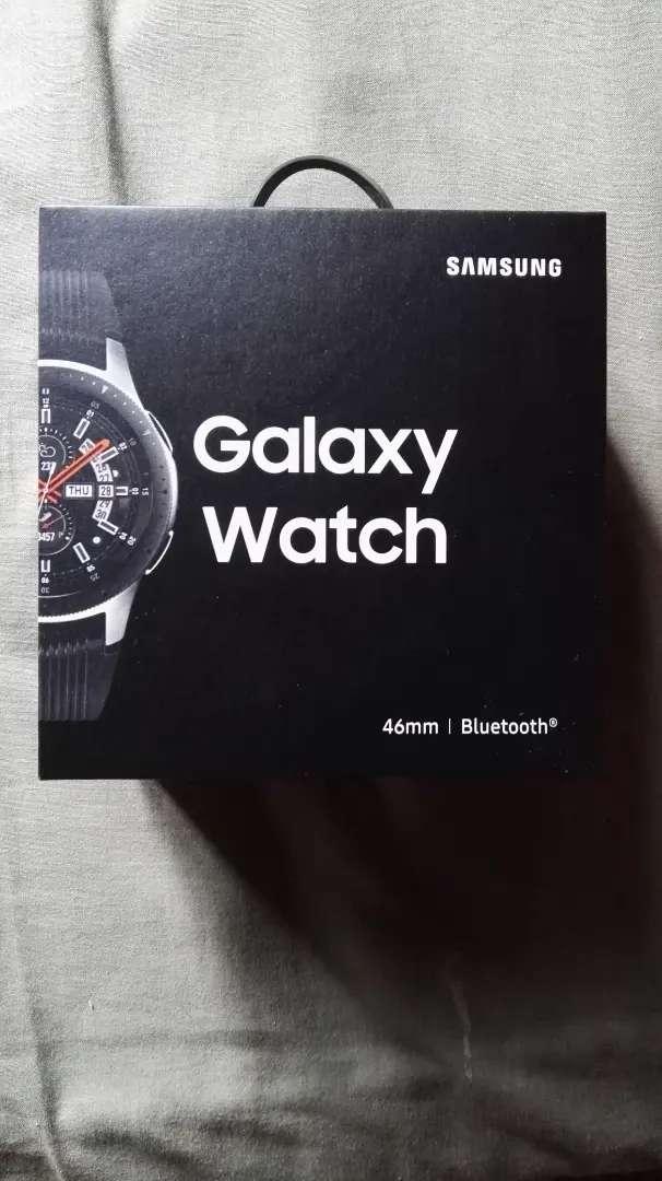 Reloj SAMSUNG Galaxy Watch Plateado