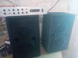 amplificador y parlantes
