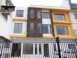 Casa Rentera en Venta  Sector Av. de Las Américas.