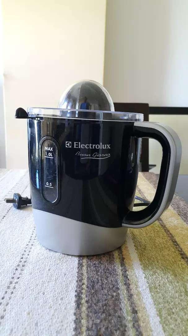 Exprimidor Electrolux