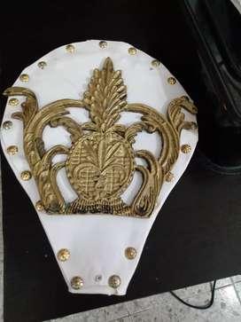 Corona en bronce para lujo