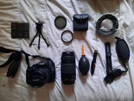 Cámara Canon T5 Rebel + Accesorios