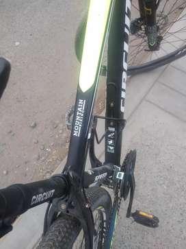 Cambio mi bicicleta por un Motorola g8 oh algo similar oh una tv Smart de 46
