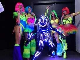 Robot led, Show hora loca