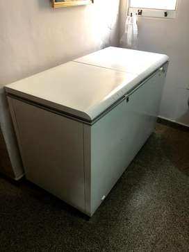 Freezer Whirpool 400 litros