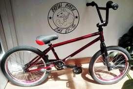 Bicicleta BMX Freestyle Montana Principiantes. Repuestos Optimus