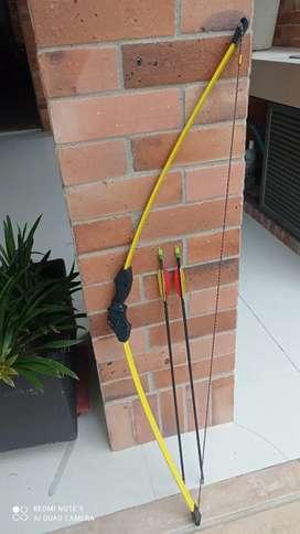 Vendo arco con flecha negociables