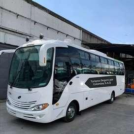 Transporte en vehículos desde 4 hasta 40 pasajeros