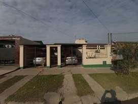 Vendo casa, Barrio 240 viviendas.