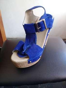 sandalia azul  nro.36