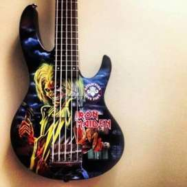 Personalizamos en Vinil Tu Guitarra
