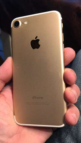 Vendo Iphone 7 128 GB Dorado modulo roto