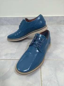 Zapatos Maganto de cuero, talle 41. Nuevos.