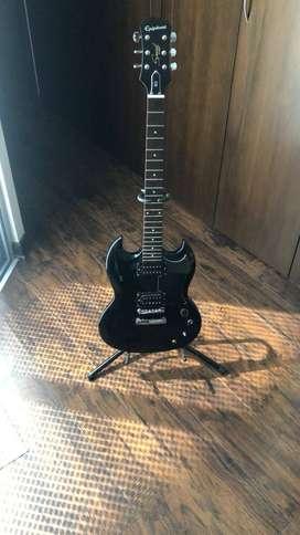 Guitarra Epiphone Sg especial negra + pedal behringer, mini pedal Noise gate