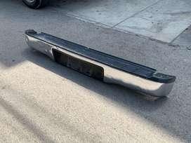 vendo parachoques para Toyota Hilux original