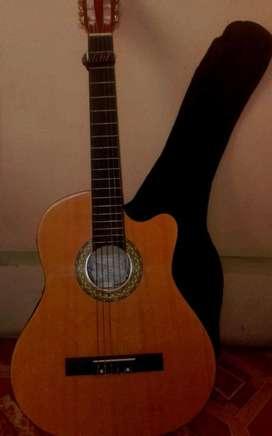 Vendo guitarra electroacústica; ws.0985834090
